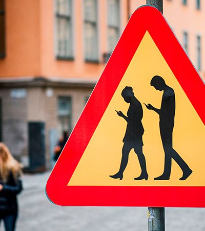 Fones inteligentes que alertam pedestres sobre perigos já estão sendo testados