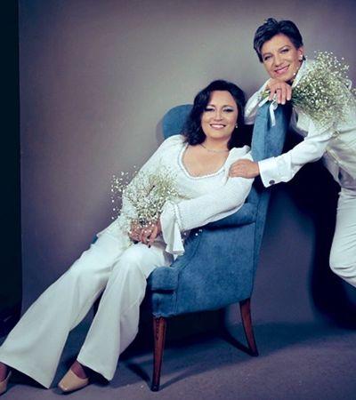 Prefeita de Bogotá se casa com senadora dias antes da posse