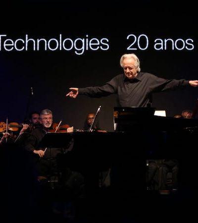 Orquestra toca música composta com ajuda de inteligência artificial