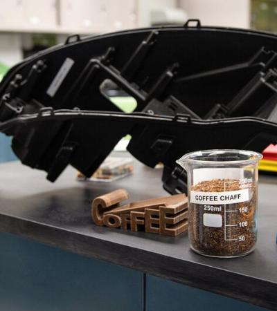 Ford irá substituir plástico de peças automotivas por palha de café