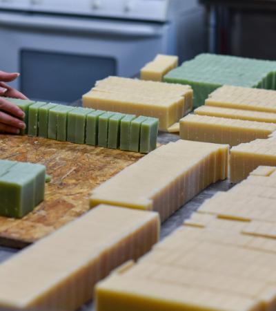 Hack Hype: Aprenda a fazer sabonete artesanal de forma simples