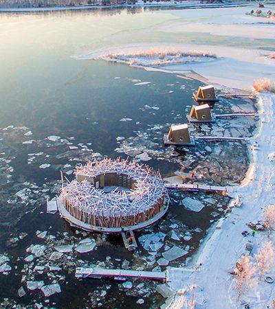 Finalmente aberto o hotel flutuante em lago congelado com vista para a aurora boreal sueca