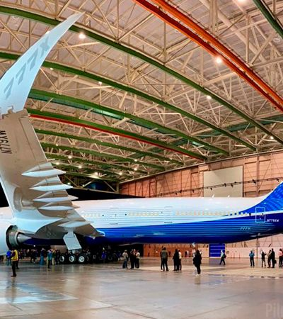 Boeing prepara voo teste de avião comercial com asas dobráveis