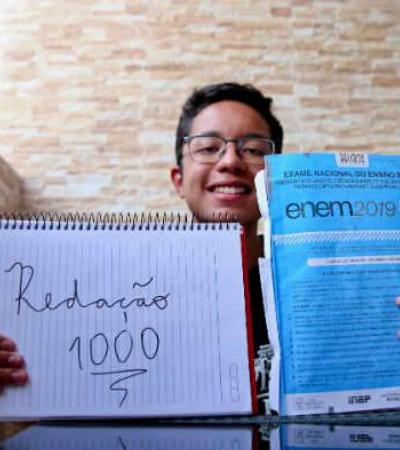 Saiba mais sobre a vida do pernambucano nota mil na redação do Enem