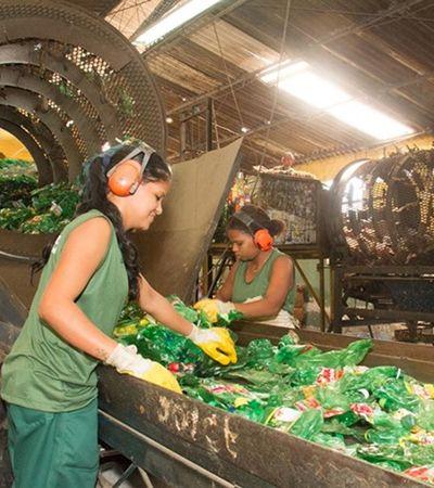 Ambev quer acabar com poluição de embalagens plásticas até 2025