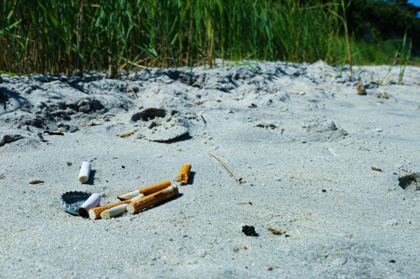 bituca de cigarro praias 2