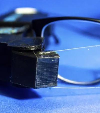 IBM é premiada com óculos que exibe texto para deficiente auditivo