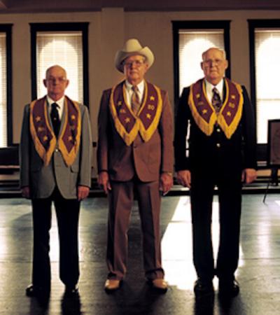 Os segredos da misteriosa 'Ordem dos Estranhos Amigos', que parece saída de um filme de Wes Anderson