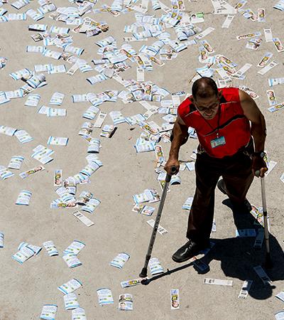 SP vai multar em R$ 5 mil quem distribuir panfletos nas ruas