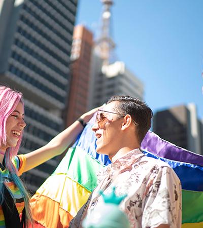 Agora é lei: estabelecimentos homofóbicos podem ter alvará cassado em SP