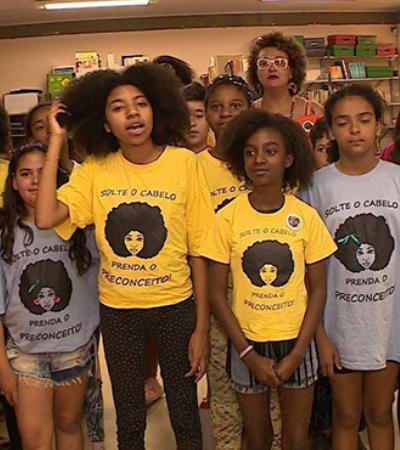 'Solte o cabelo, prenda o preconceito': escola do RS lança campanha contra preconceito racial