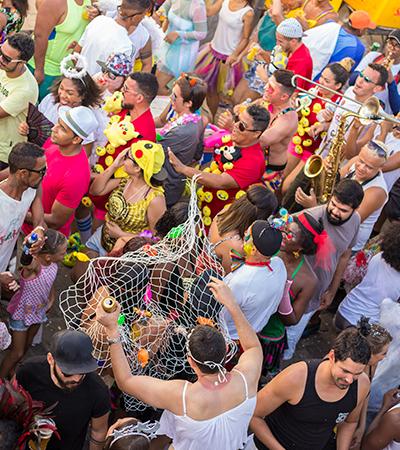 Carnaval de BH lança cartilha com fantasias 'proibidas'; veja lista