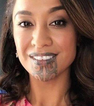 Mulher maori faz história como 1ª apresentadora de TV com tatuagem facial