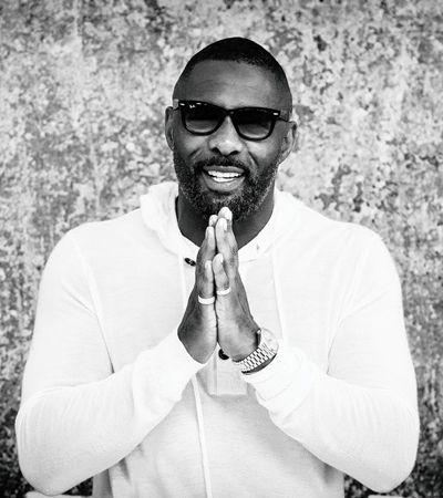 Idris Elba diz que está com coronavírus e pede calma