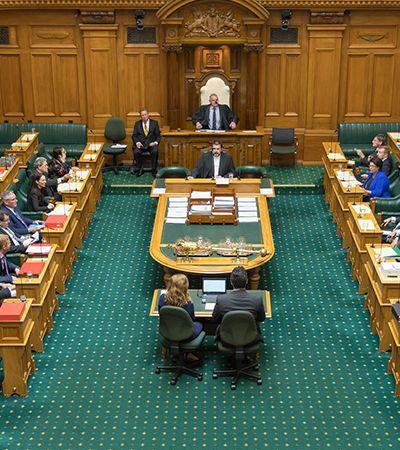 Nova Zelândia: parlamentoaprova descriminalização do aborto