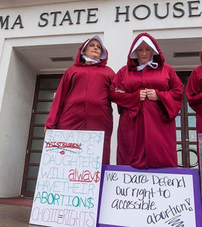 Deputada propõe vasectomia compulsória após lei que proíbe o aborto nos EUA