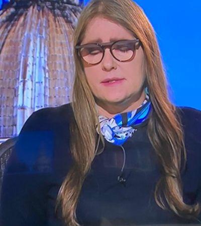 Ilze Scamparini, da Globo, não segura choro ao falar sobre coronavírus na Itália