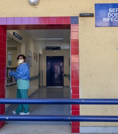 Brasileira 'presa' em Portugal por quarentena: 'Tenho descoberto que é importante ter rotina'