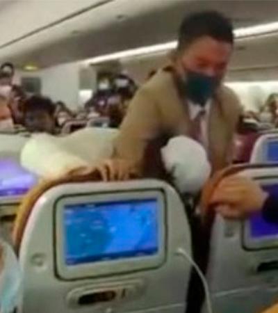 Passageira recebe mata-leão após tossir durante voo na China
