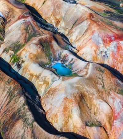 Fotos aéreas capturam a beleza única e misteriosa da Islândia