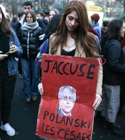 Polanski, acusado de estupro, provoca gás de pimenta e ira feminista em prêmio