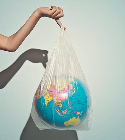 Rio de Janeiro reduz em 2 milhões número de sacolas plásticas