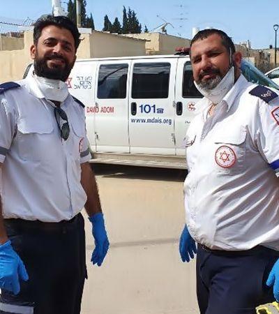 Coronavírus: paramédicos judeu e muçulmano rezam juntos em Israel e dão aula de convivência