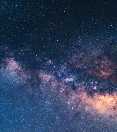 Astrônomos descobrem 'estrela que dança' e comprovam teoria de Einstein