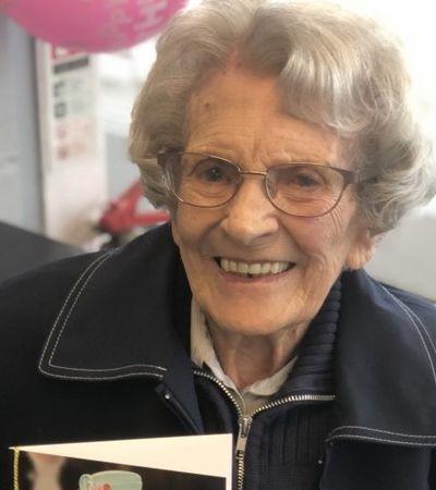 Coronavírus: a mulher mais velha do mundo a vencer a doença teve alta