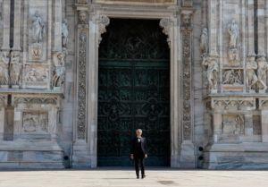 Andrea Bocelli e Papa Francisco simbolizam esperança em Páscoa do isolamento