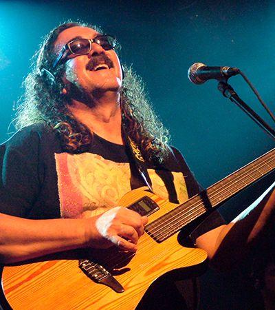 Moraes Moreira: a grandeza da música brasileira na medida de seu violão e de suas canções