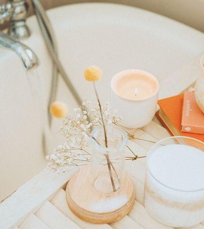 Tomar banho quente todos os dias traz inúmeros benefícios para a saúde, aponta estudo