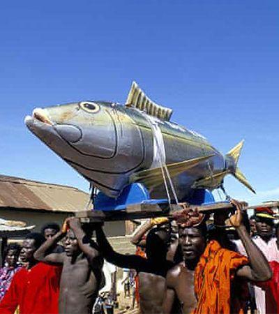 Gana: além da dança o país africano mantém viva a cultura de estilizar caixões