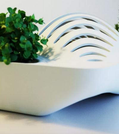 Escorredor de pratos com vasos cria um mini ecossistema na sua cozinha