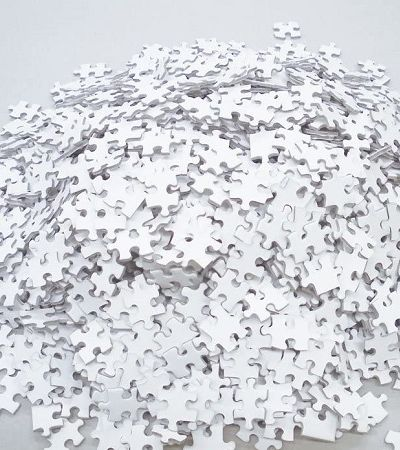 Quebra cabeça de 2 mil peças totalmente em branco desafia até as mentes mais pacientes