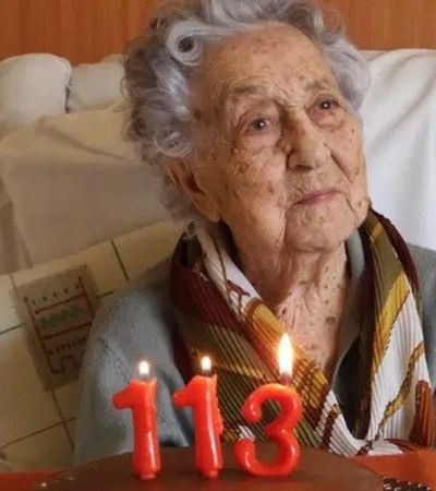 Ela viu duas guerras mundiais e agora, aos 113 anos, derrotou o coronavírus