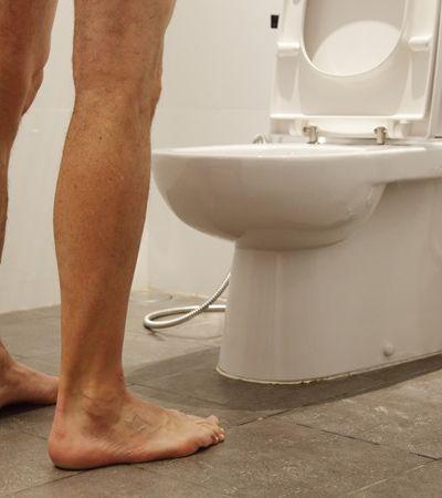 Você nunca mais vai fazer xixi em pé depois desse vídeo definitivo sobre higiene
