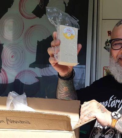 João Gordo abre vaquinha para entregar marmitas veganas aos moradores de rua durante pandemia
