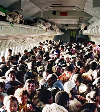 A história por trás do recorde de passageiros num voo comercial, em 1991