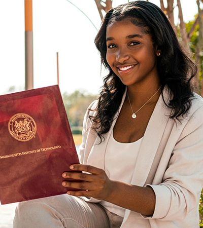 Principal universidade de pesquisa dos EUA elege 1ª mulher negra presidente de corpo estudantil