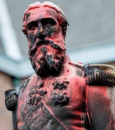 Rei Leopoldo II, responsável pela morte de 15 milhões na África, também teve estátua removida na Bélgica