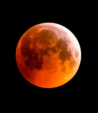 Semana tem lua cheia, eclipse lunar e aparição de mercúrio no céu
