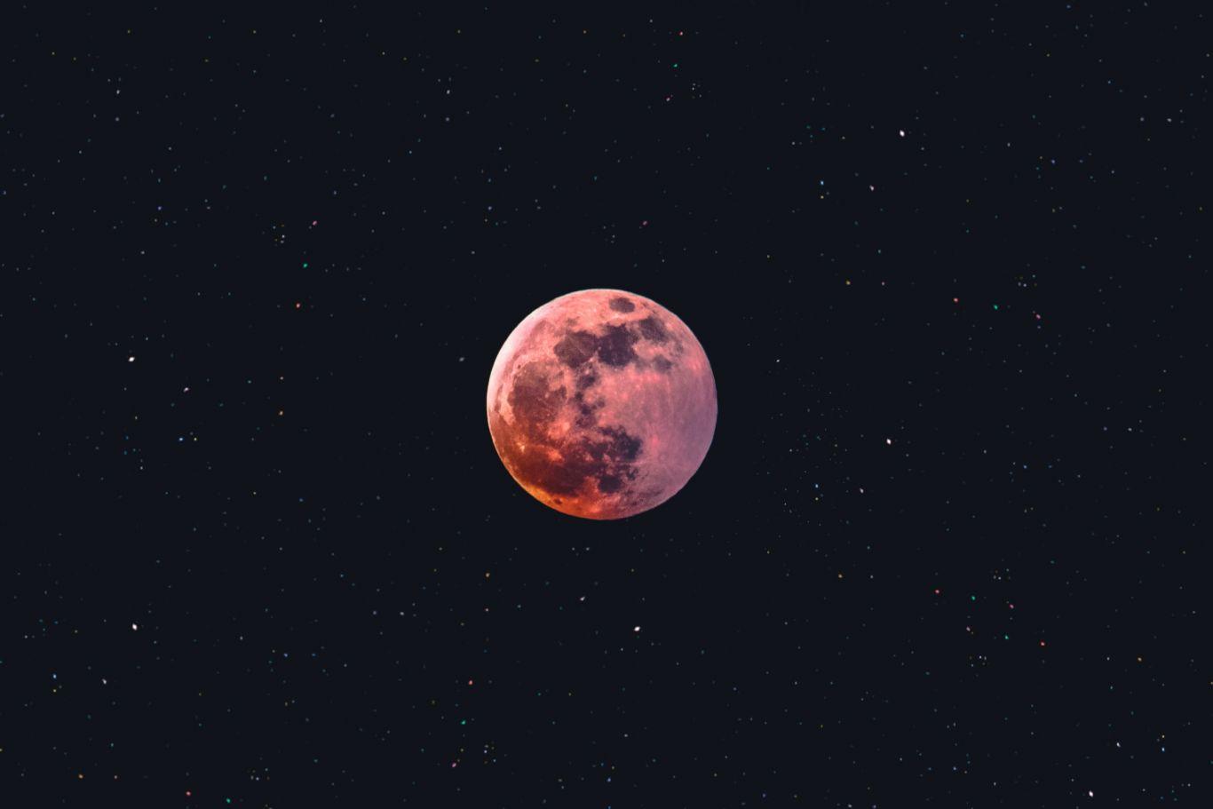eclipses junho 1