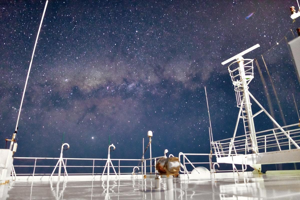 fotos-via-láctea-navio-de-carga-2