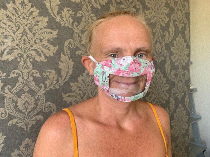 máscara para surdos 1