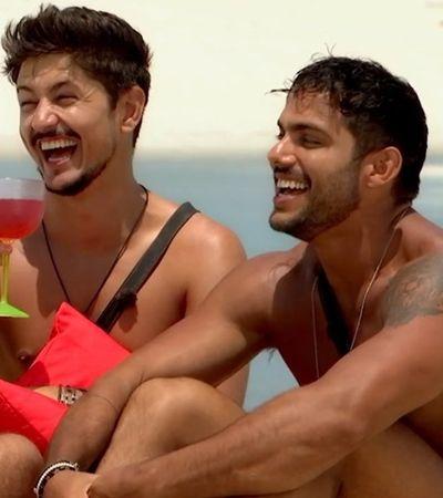 Sexo gay é cortado pela segunda vez em 'De Férias com o Ex' e mostra que tabu persiste