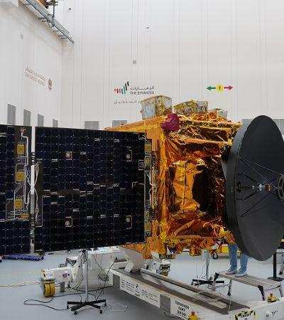 Emirados Árabes Unidos enviam primeira missão espacial com destino a Marte