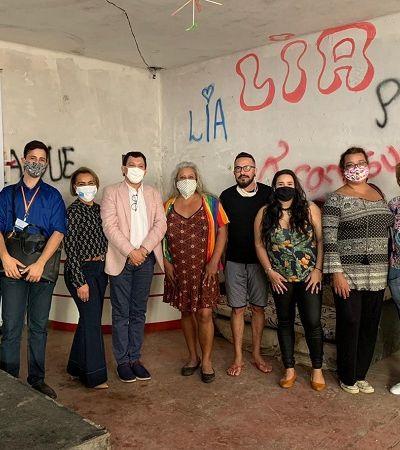 LGBTs acolhidos pela Casa Nem são certificados após a produção de 10 mil máscaras