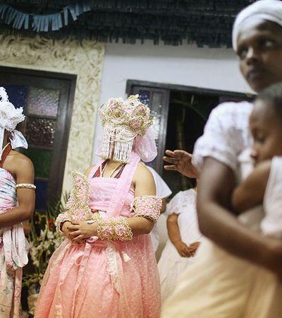 Racismo religioso faz mãe perder guarda da filha após participar de sessão de Candomblé