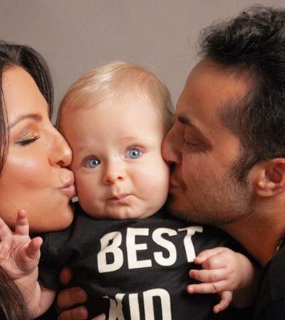 Thammy Miranda afasta rótulo de pai modelo e chora com homenagem de Gretchen